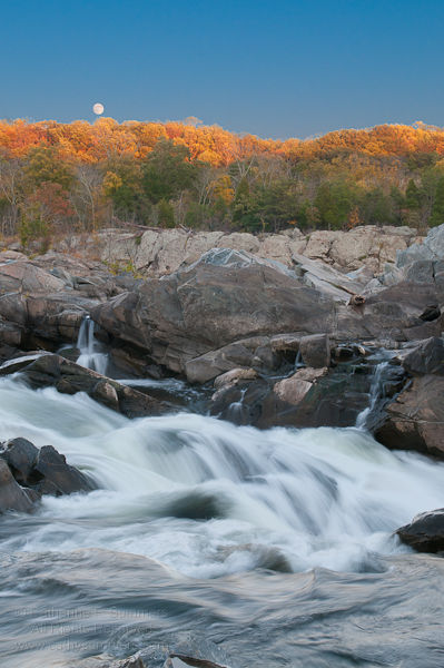 20101021_002: Full Moon Rising at Great Falls National Park #2