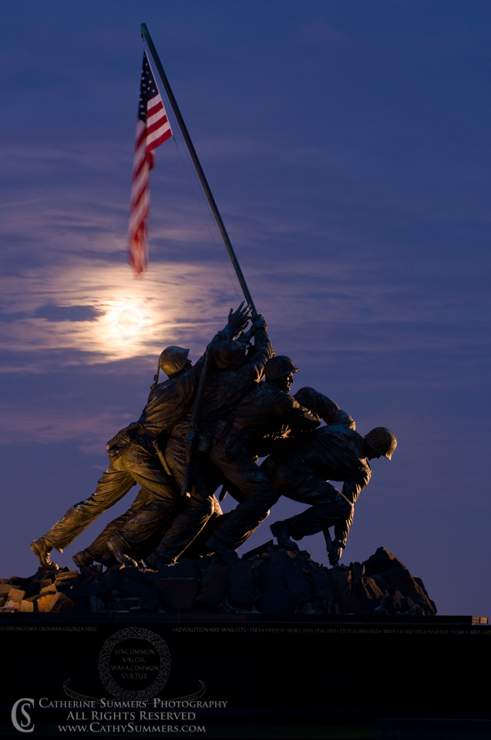 20091004_021: Moon Rising at Iwo Jima Memorial #3
