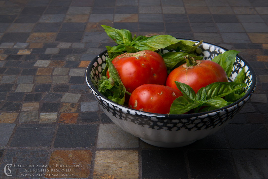 20160916_084: Tomatoes and Basil Still Like #2