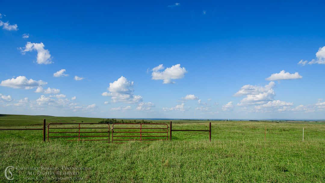 20180914_003: clouds, horizontal, fence, prarie