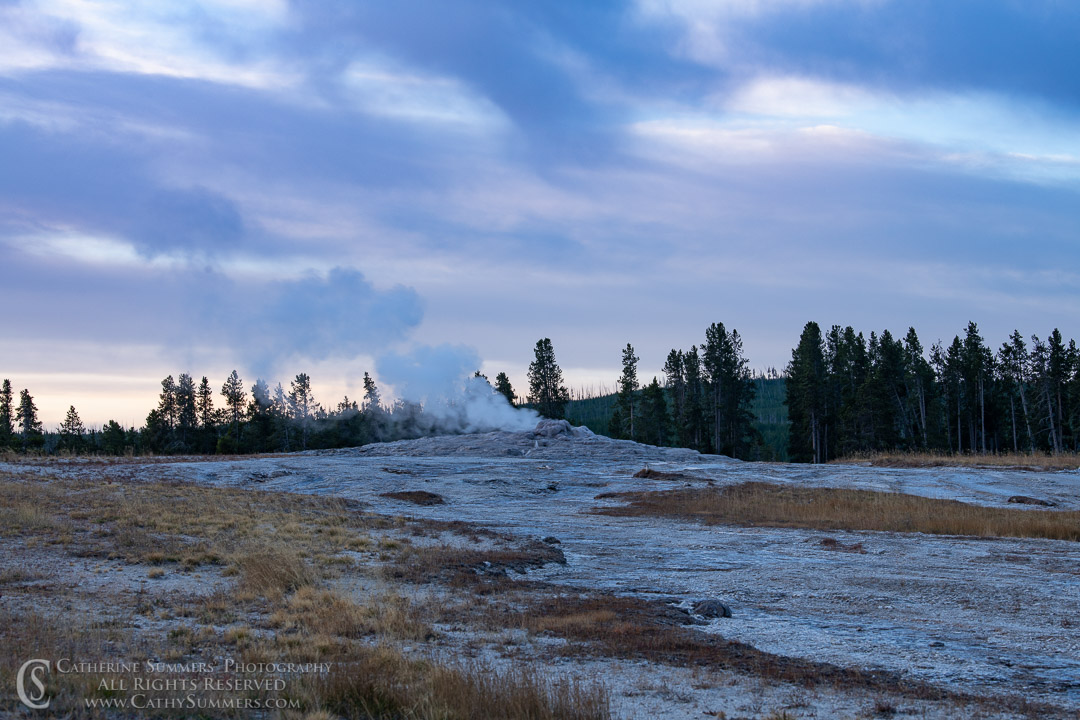 20180923_004: dawn, Yellowstone National Park, Old Faithful