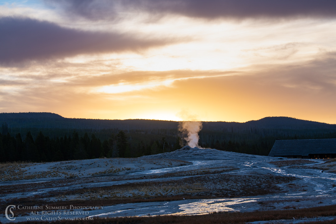 20180923_006: dawn, Yellowstone National Park, Old Faithful