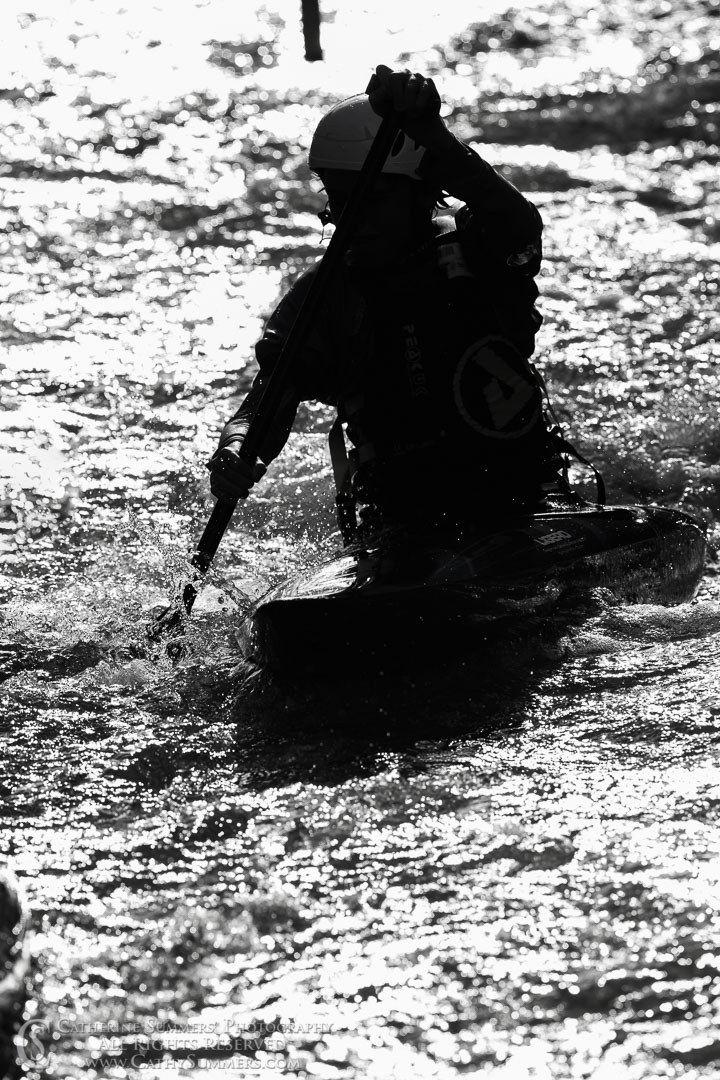 20191004_069: vertical, canoe, whitewater, slalom, C-1, silhouette, racing, C1